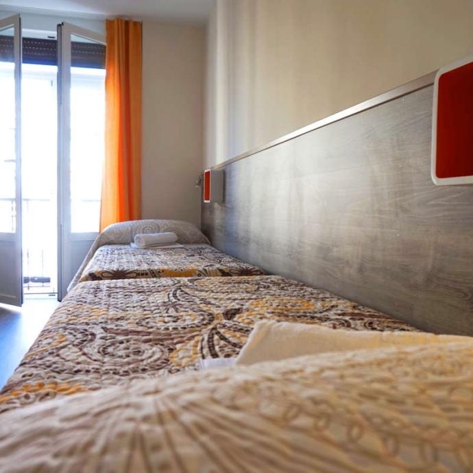 Quadruple Room with Shared Bathroom 2
