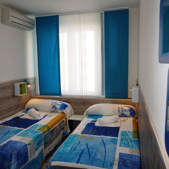 Triple Room with Shared Bathroom 2
