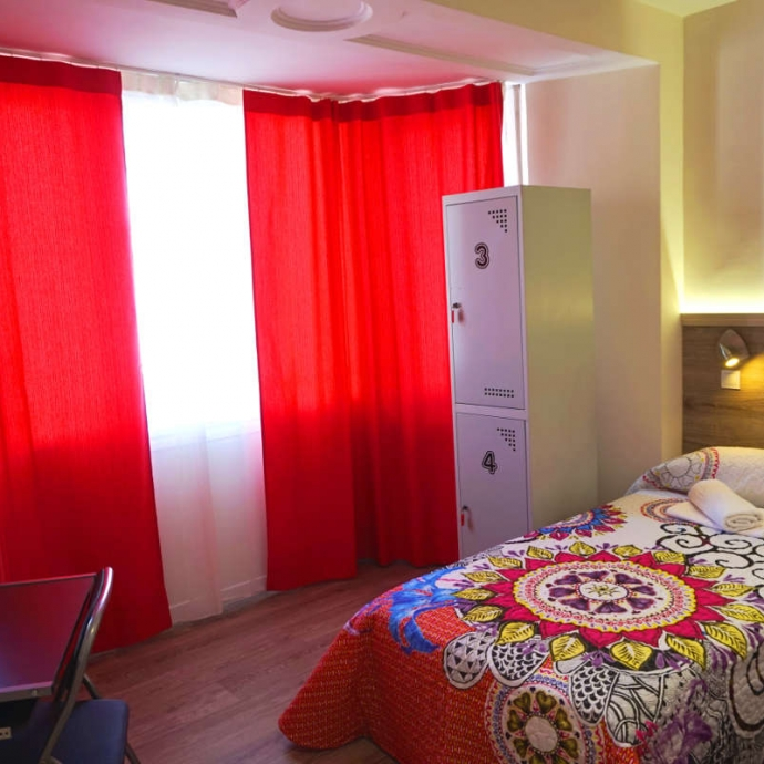 Twin Room with Shared Bathroom 2